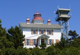 Yaquina Bay Lighthouse